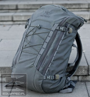 Arc'teryx LEAF Khard 45 07 - Front i shockcord